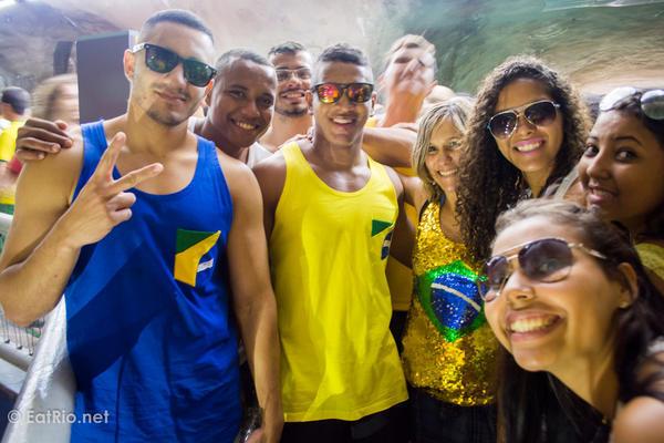Brazil-supporters-metro