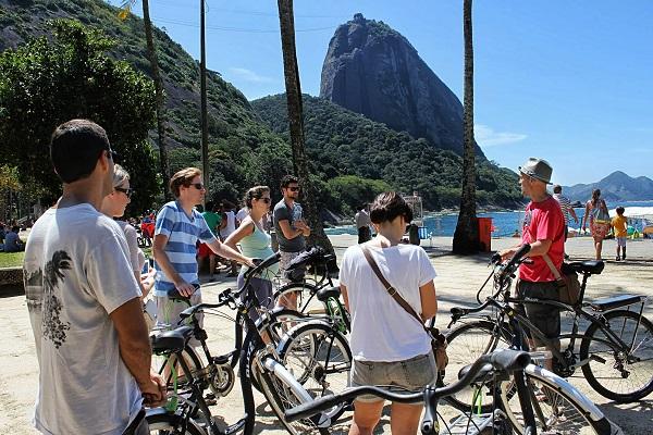 urban-tour-praia-vermelha-rio-by-bike